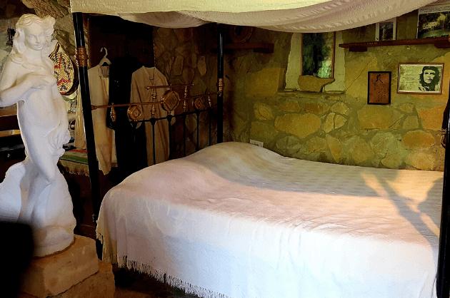 Adonisz-hálószoba
